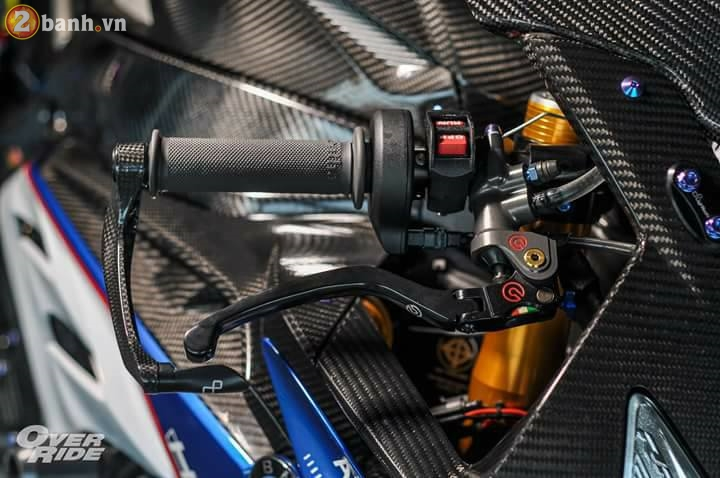 BMW S1000RR sieu chat trong ban do full carbon dat tien - 6