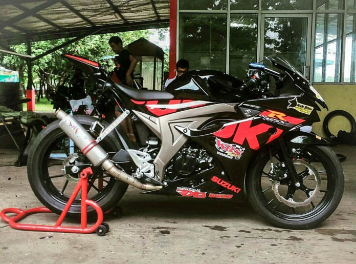 GSXR150 Racing so dang cung CBR250 Racing cuc ngau - 3