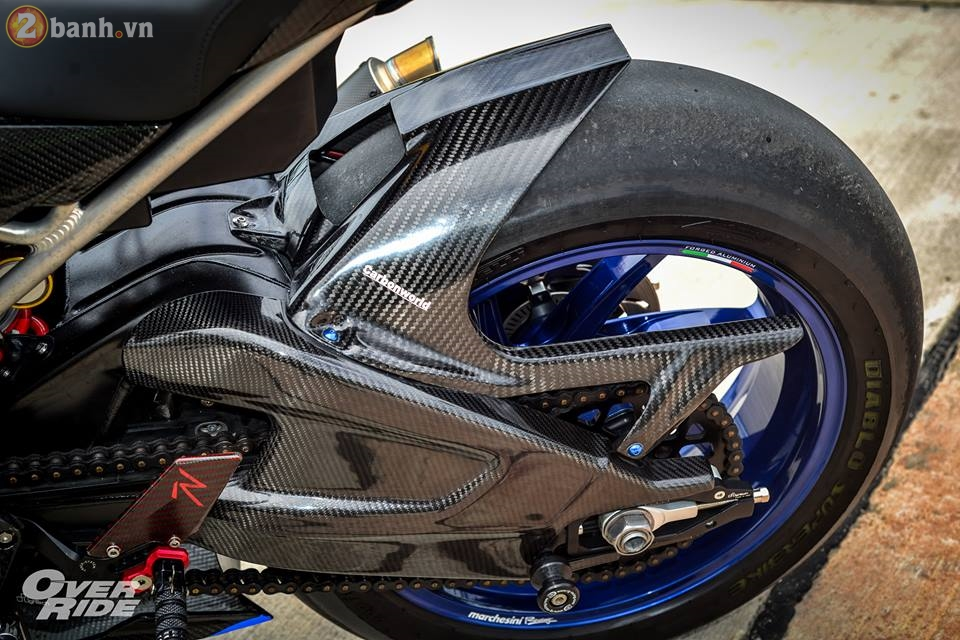 BMW S1000RR day me hoac trong ban do Sharks of brackish - 16