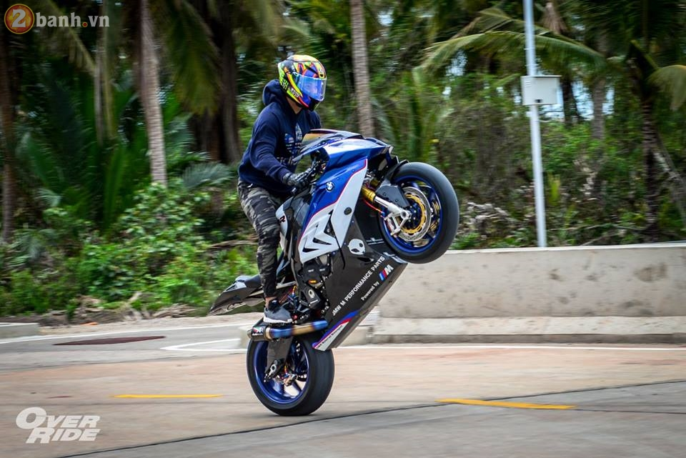 BMW S1000RR day me hoac trong ban do Sharks of brackish - 31