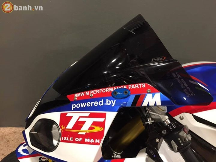 BMW S1000RR 2016 tuyet dep trong ban do HP Tricolor - 4