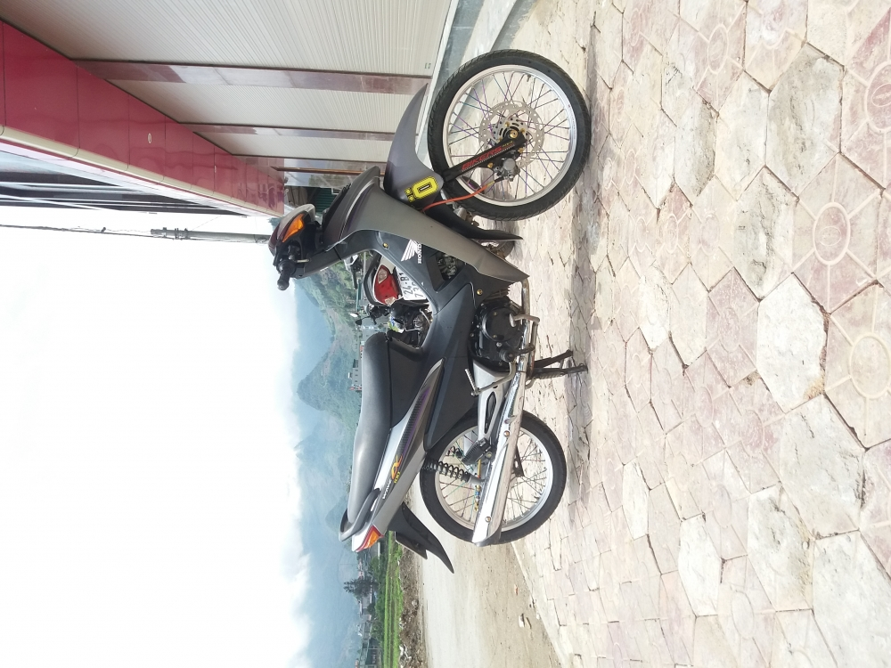 Wave do full oc vang binh Dream lun 125 nieng nhom Biker