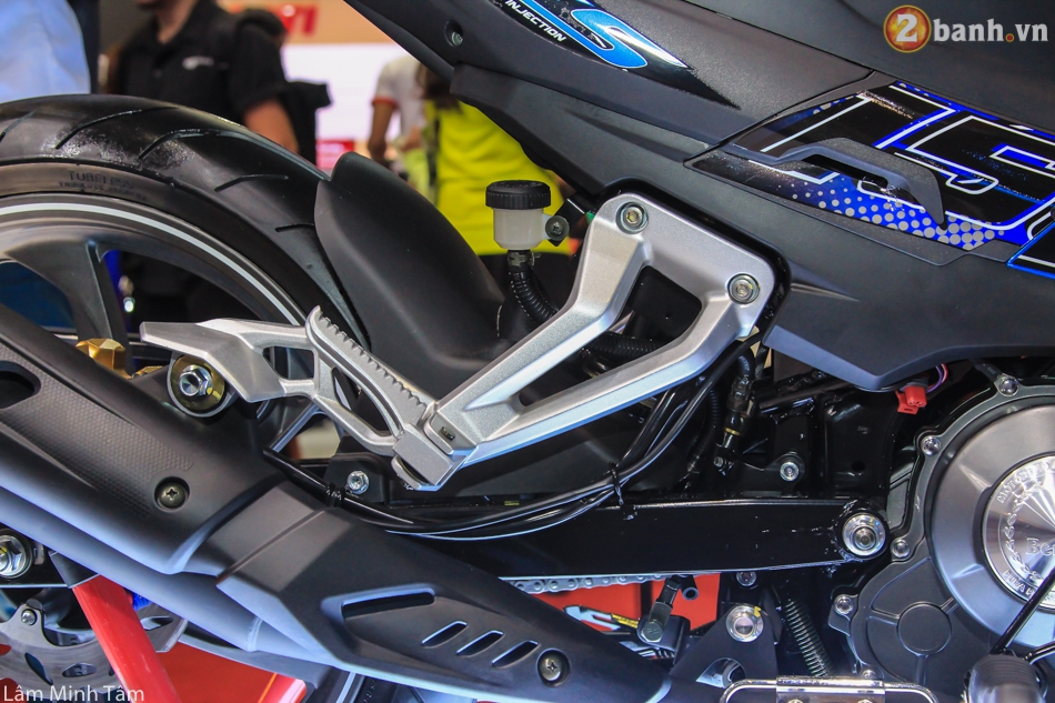 Can canh Benelli RFS 150 tai VMCS 2017 - 21
