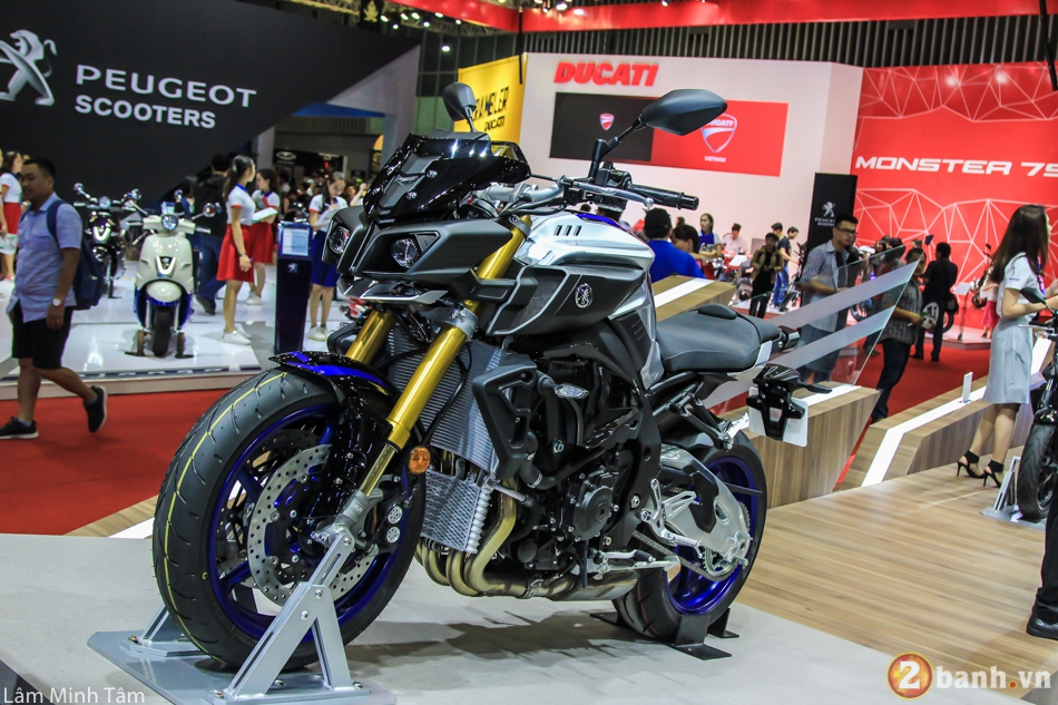 Can canh chi tiet Yamaha MT10 SP 2017 tai VMCS 2017