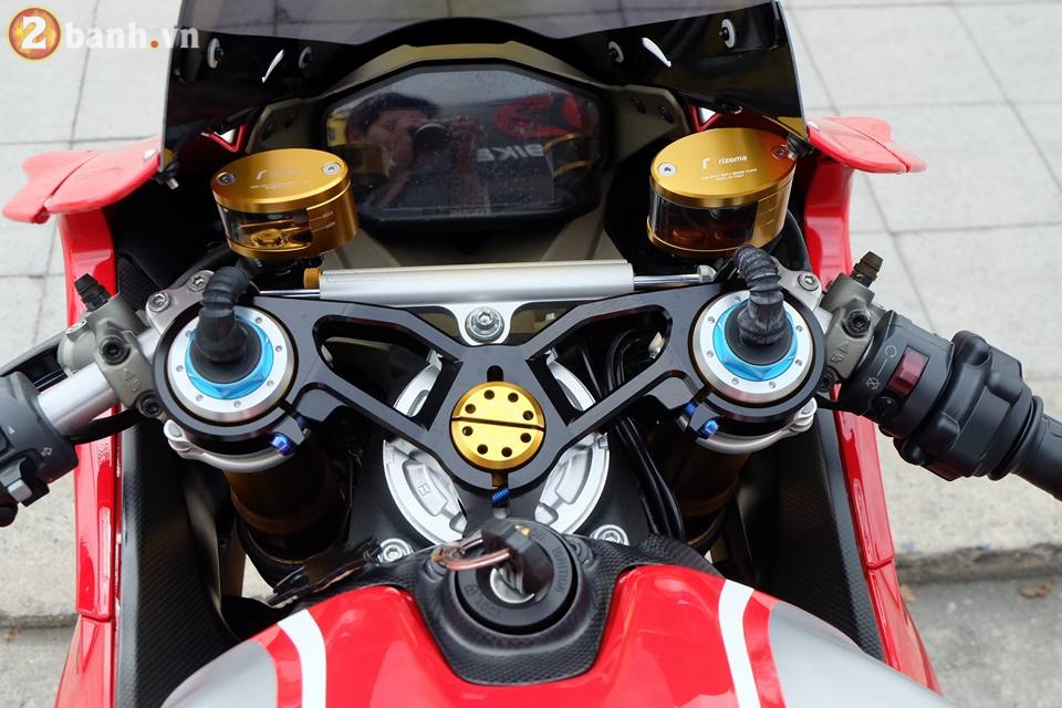 Ducati 1199 Panigale R von da dinh nay cang tuyet voi hon trong ban do cuc chat - 7