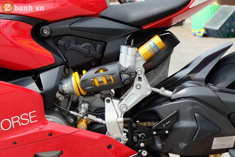 Ducati 1199 Panigale R von da dinh nay cang tuyet voi hon trong ban do cuc chat - 9