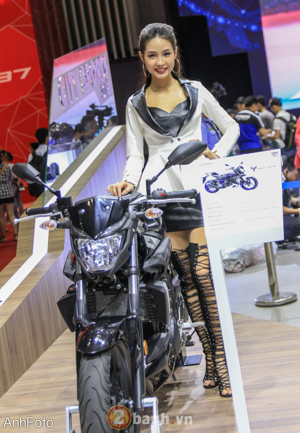 50 co gai hot nhat VietNam Motorcycle Show 2017 - 9