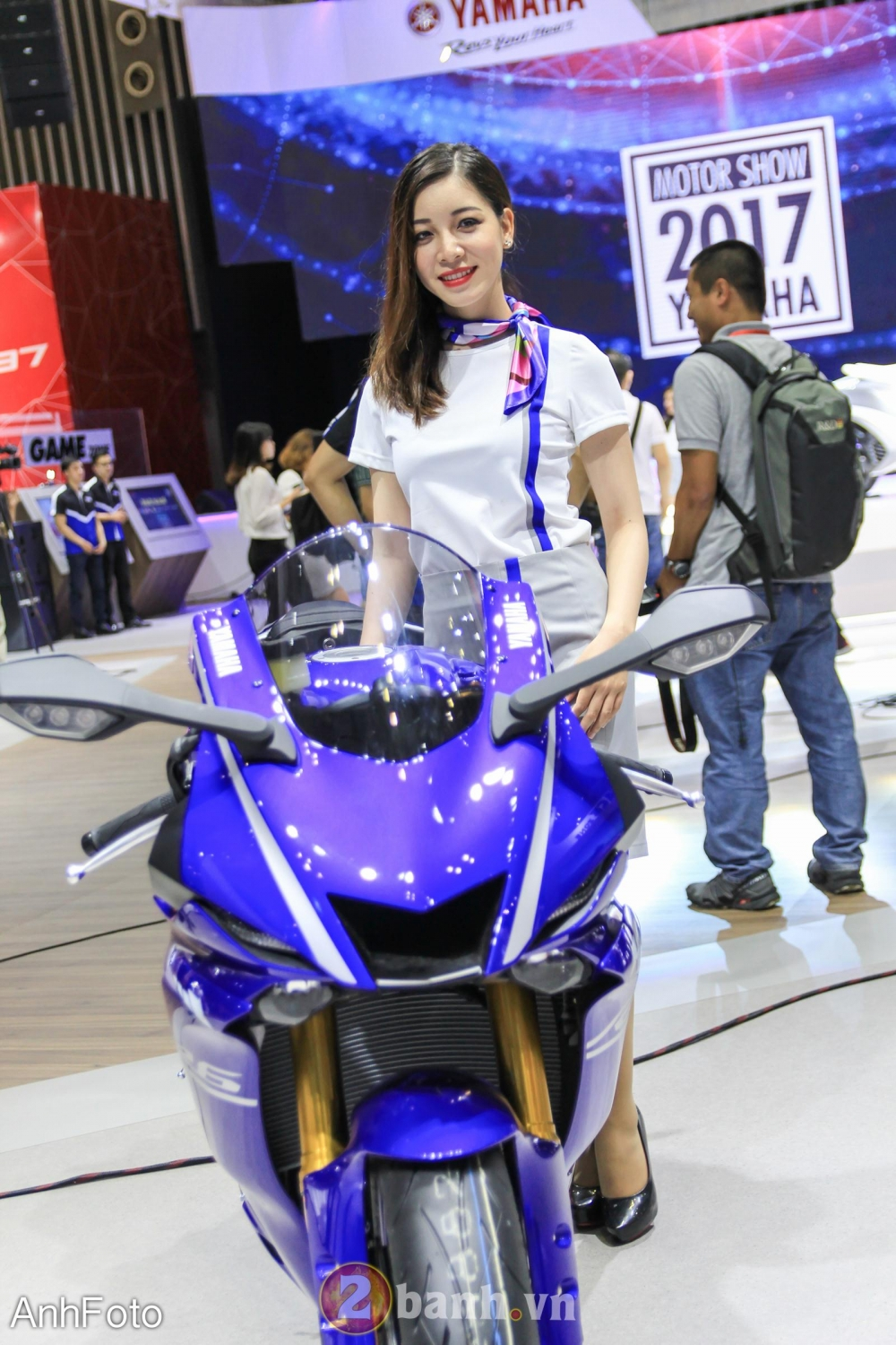 50 co gai hot nhat VietNam Motorcycle Show 2017 - 12