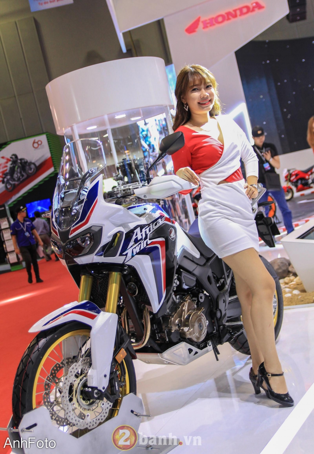 50 co gai hot nhat VietNam Motorcycle Show 2017 - 14