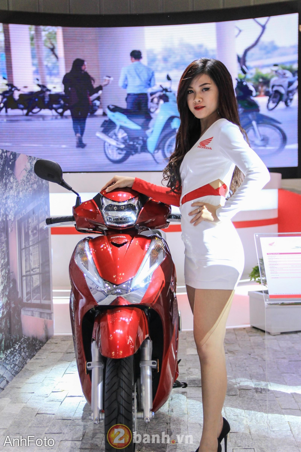 50 co gai hot nhat VietNam Motorcycle Show 2017 - 16