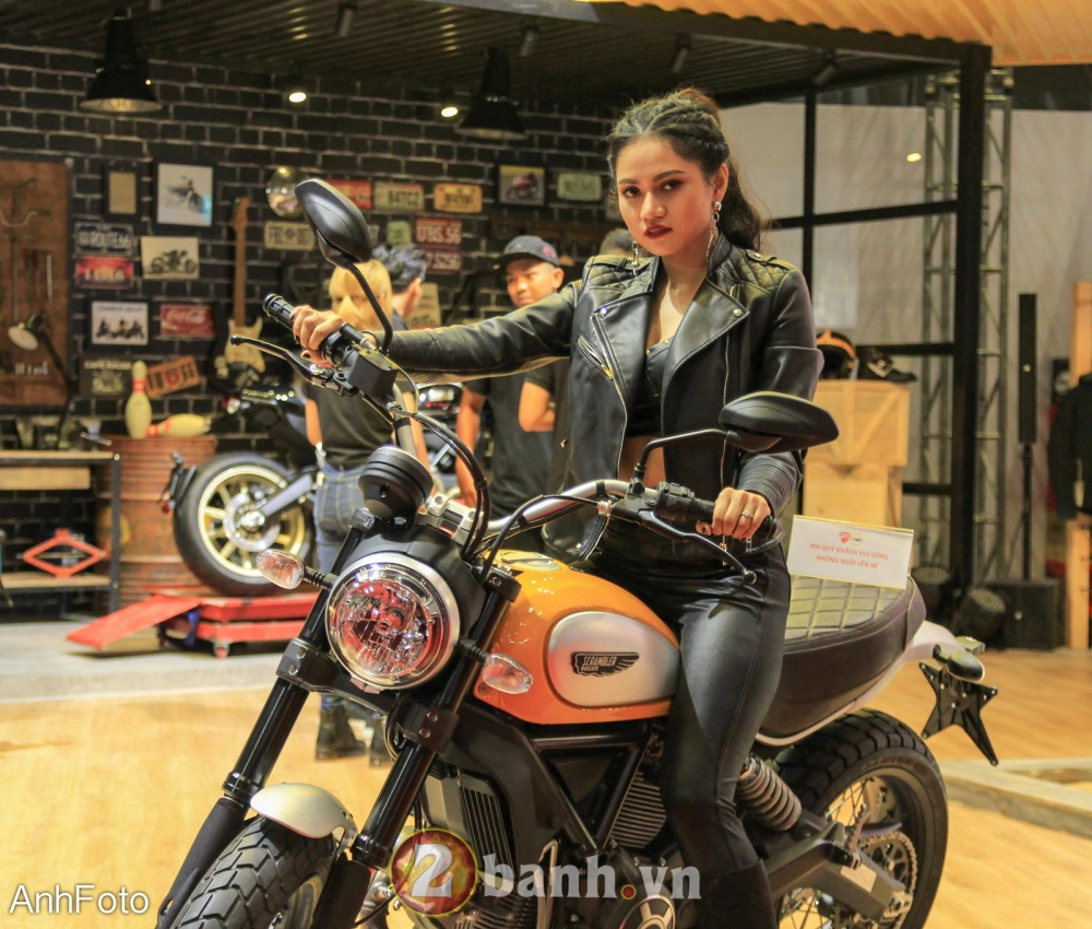 50 co gai hot nhat VietNam Motorcycle Show 2017 - 29