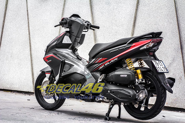 Tem xe Airblade 2016 Simple do Decal 46 thuc hien - 3