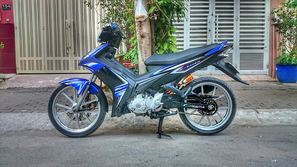 Yamaha Exciter 2011 hoa than Exciter 2010 day phong cach