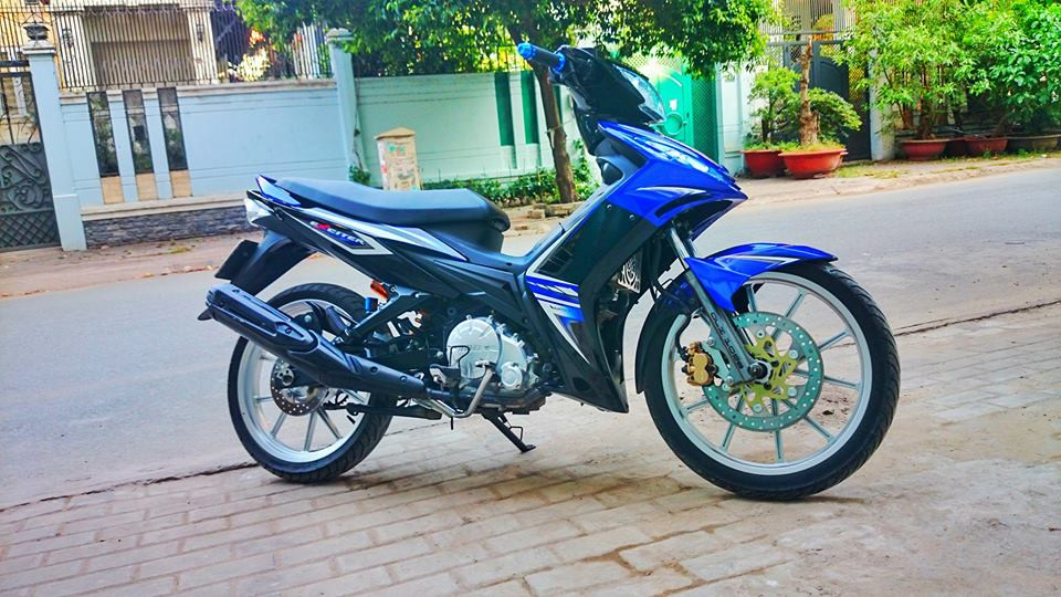 Yamaha Exciter 2011 hoa than Exciter 2010 day phong cach - 2
