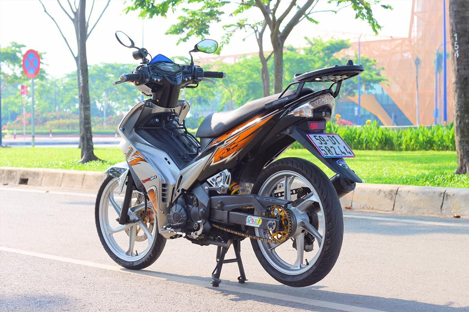 Yamaha Exciter cua sung lam nghe - 4