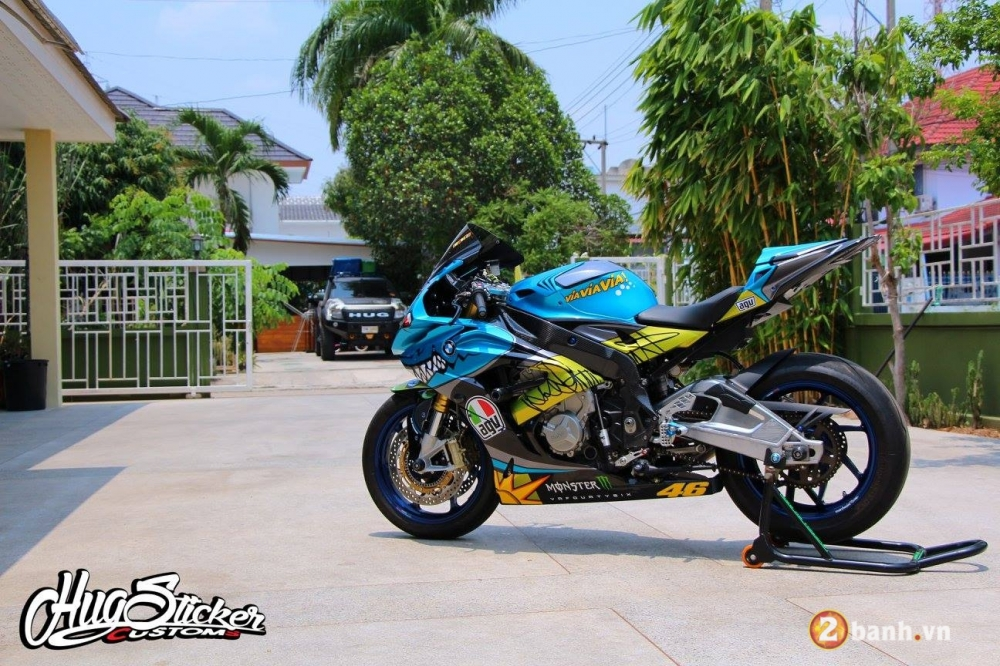 BMW S1000RR con Ca Map day quyen luc va phong cach - 6