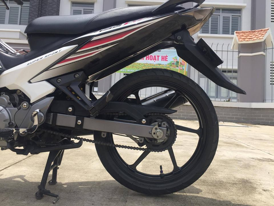 Exciter 135cc phien ban do lai theo phong cach Malaysia LC135 5s - 10