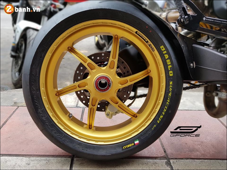 Ducati Monster 795 do noi bat cung mam OZ Racing - 5