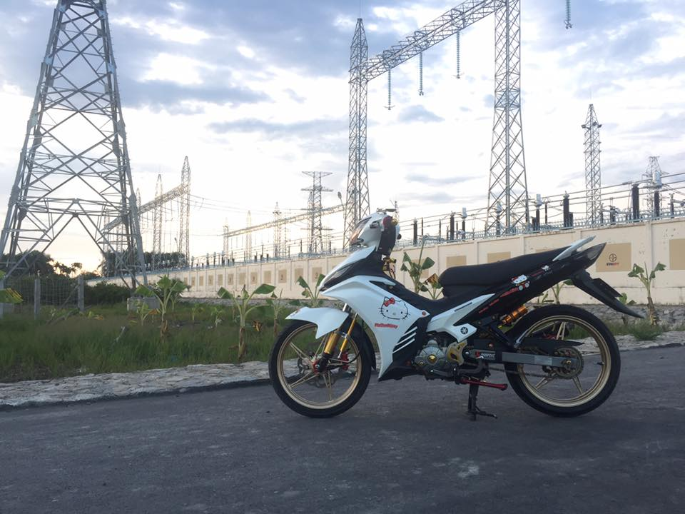 Exciter 135 do khoe dang duoi nguon dien ngan Volt - 4