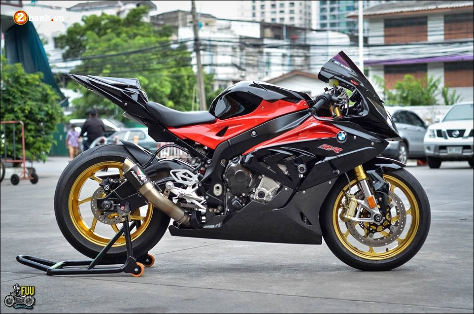 BMW S1000RR do Ca map ngo ngao tren dat nuoc Chua Vang - 3