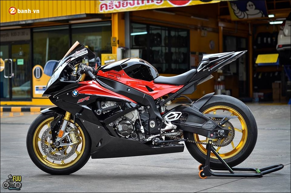 BMW S1000RR do Ca map ngo ngao tren dat nuoc Chua Vang - 13