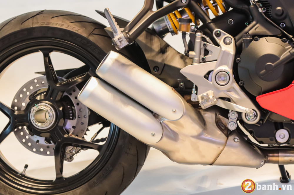 Can canh Ducati SuperSport mau xe mo to the thao thanh thi vo cung an tuong - 9