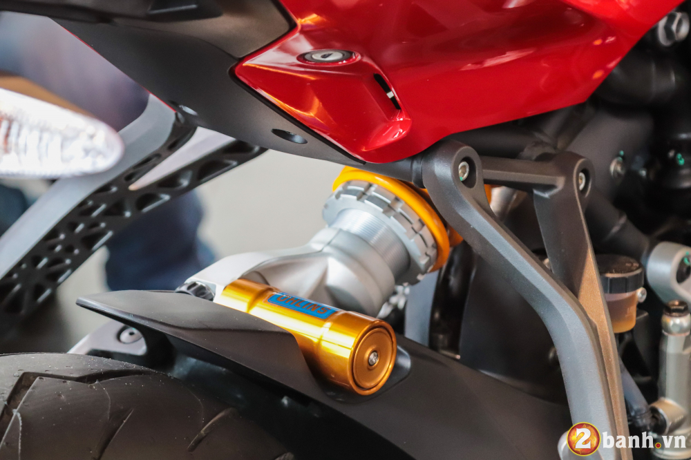 Can canh Ducati SuperSport mau xe mo to the thao thanh thi vo cung an tuong - 20