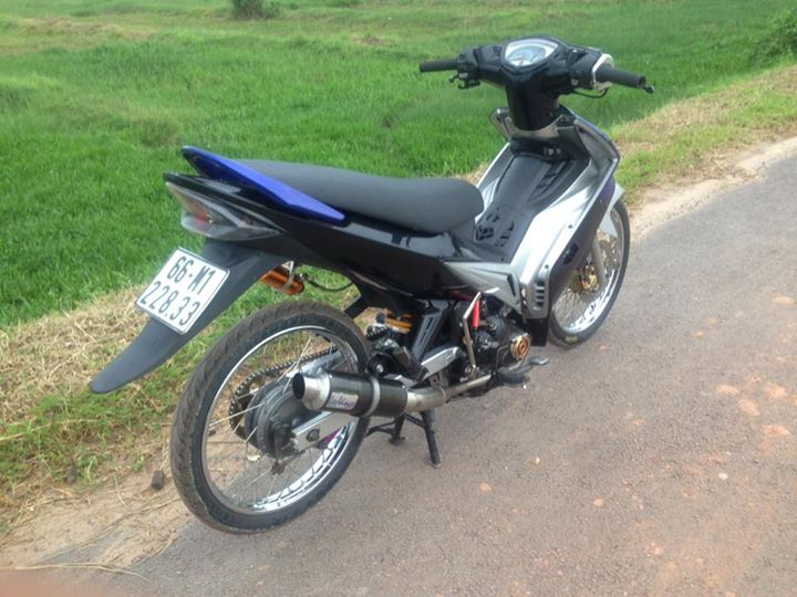 Exciter 135 do day cung cap va tho bao voi co may 62zz - 6