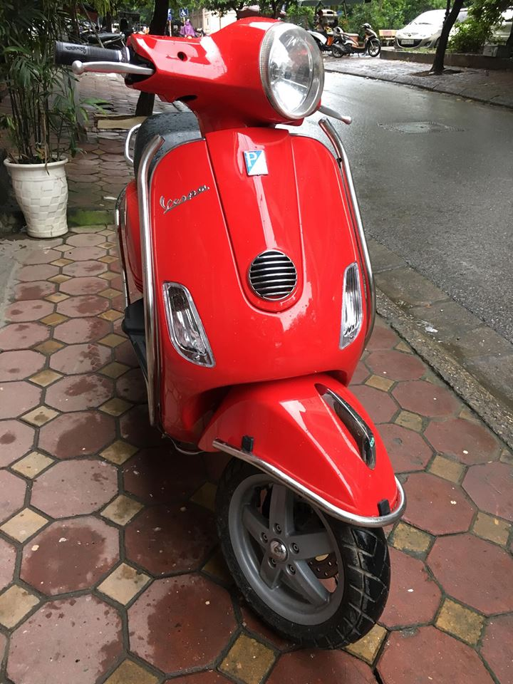 Vespa LX 125ie doi moi 2012 gia 31tr bs 29B 22887 mau Do rat moi giay to cchu - 2
