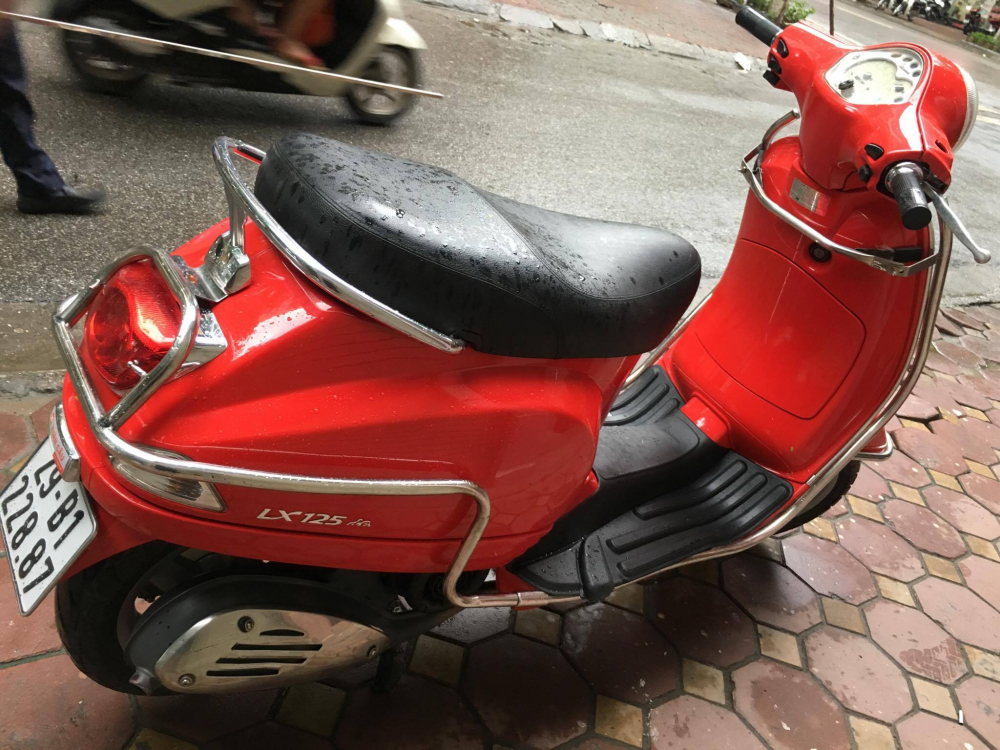 Vespa LX 125ie doi moi 2012 gia 31tr bs 29B 22887 mau Do rat moi giay to cchu - 4