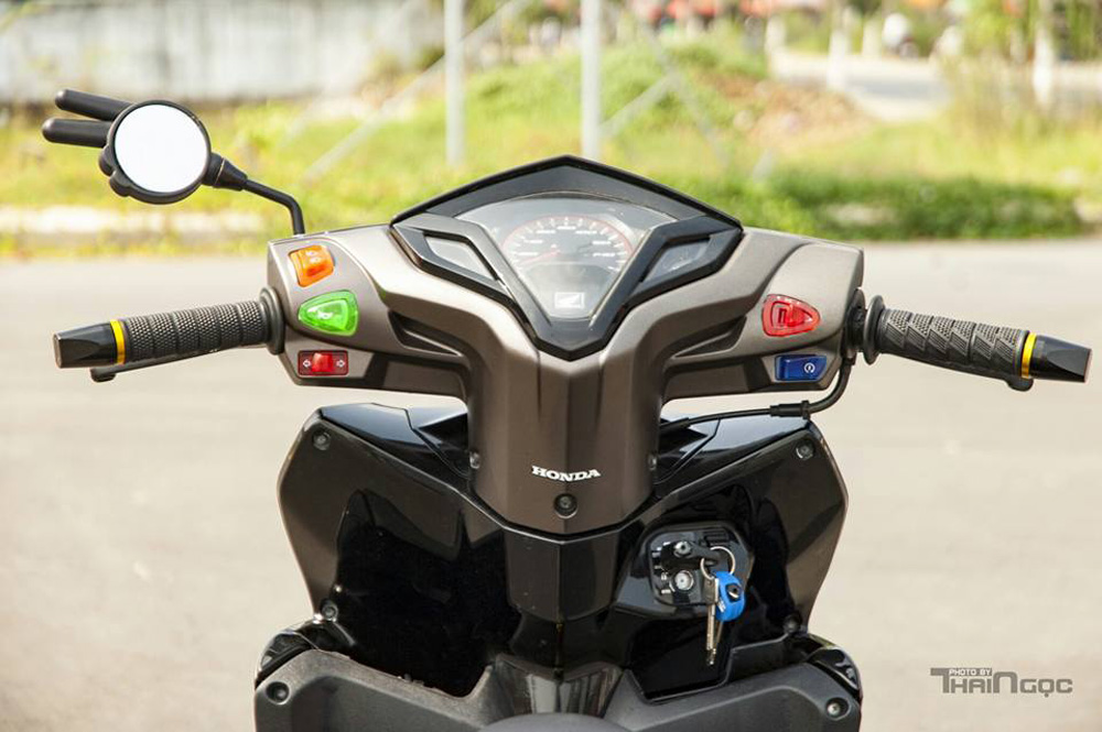 Honda Click 125 day an tuong voi dan do choi cuc chat - 4