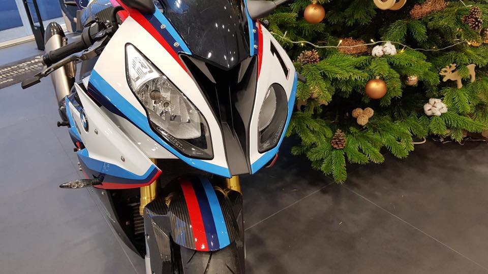 Can canh BMW Motorrad S1000RR 2018 Magny Cours Edition - 3