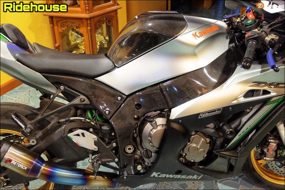 Kawasaki ZX10RBan do loi cuon tu Version Silver Racing - 6