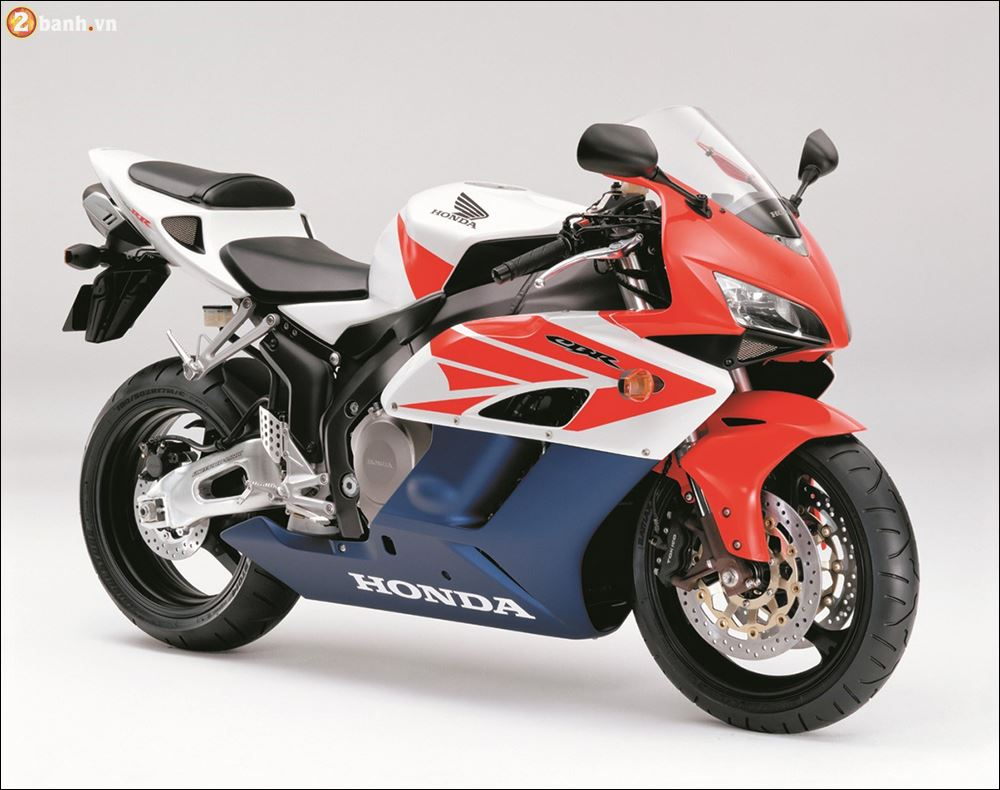 So luoc ve lich su phat trien HONDA CBRRR 25th anniversary of evolution - 8