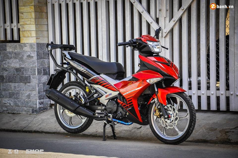 Yamaha Exciter 150 do phong cach Y15ZR voi noi cong toc bien - 8