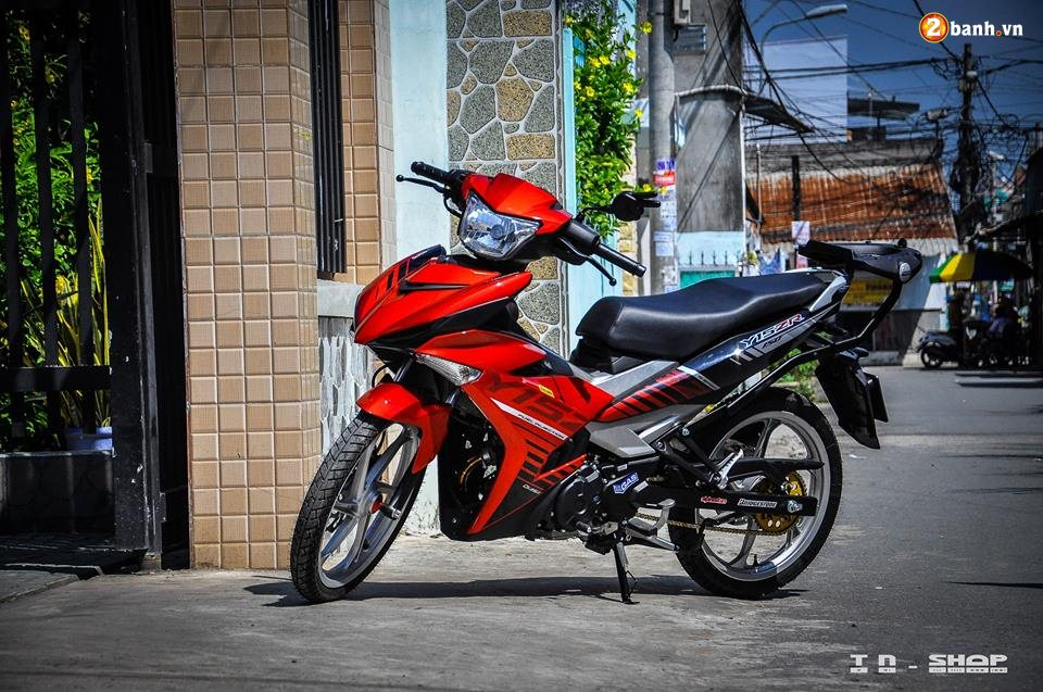 Yamaha Exciter 150 do phong cach Y15ZR voi noi cong toc bien - 9