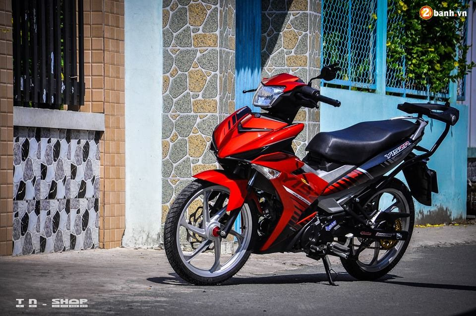Yamaha Exciter 150 do phong cach Y15ZR voi noi cong toc bien - 10
