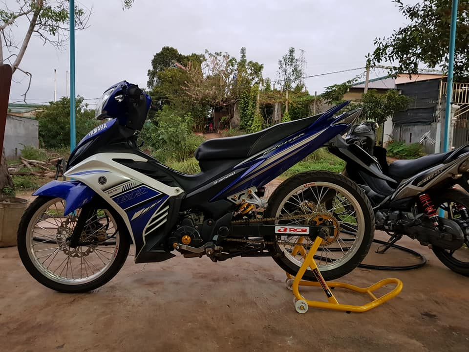Exciter 135 do suy dinh duong voi dan chan mong manh