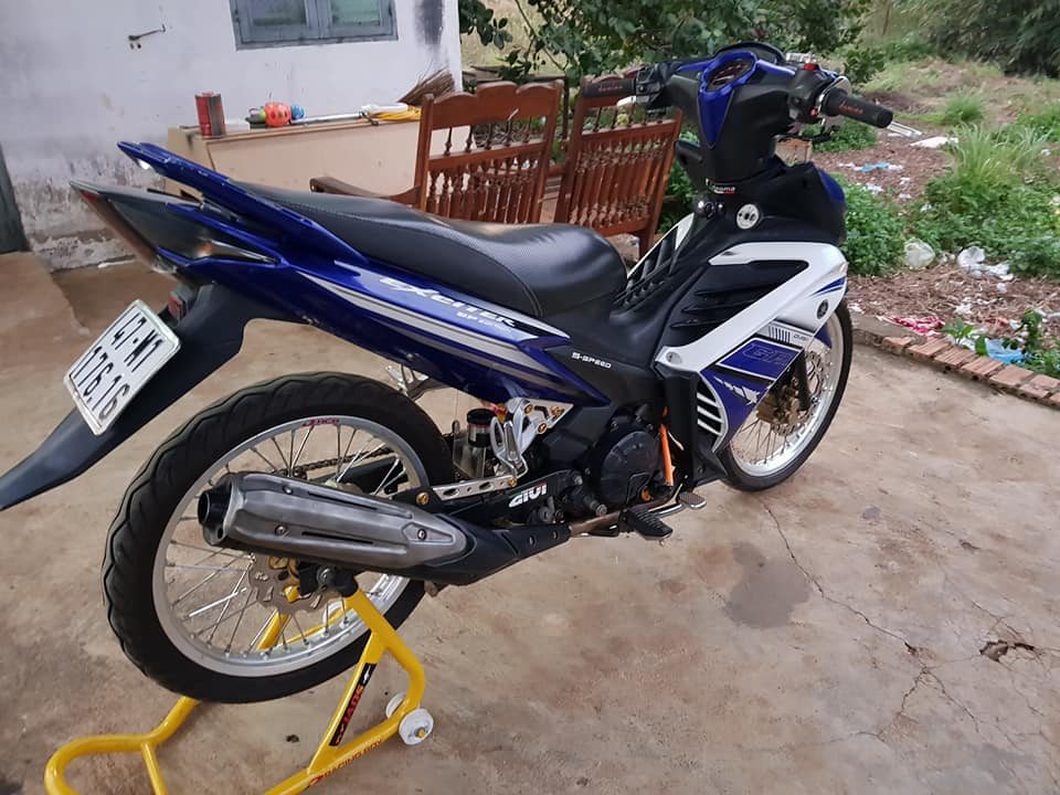 Exciter 135 do suy dinh duong voi dan chan mong manh - 5