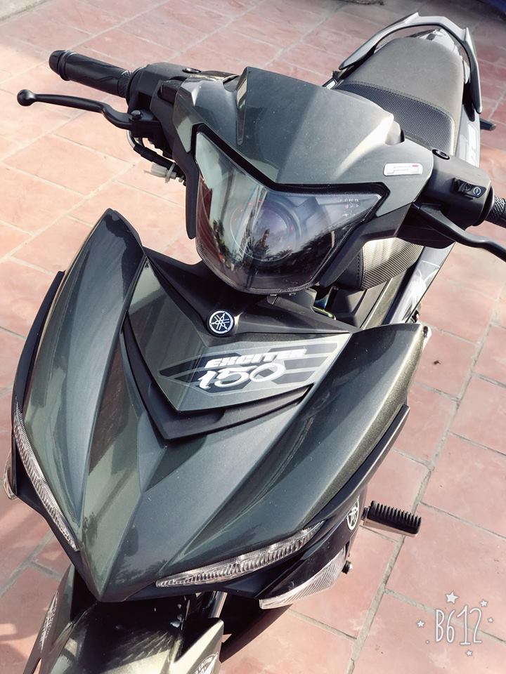 Exciter 150 do nhe nhang gay an tuong voi bo canh Limited Edition - 4