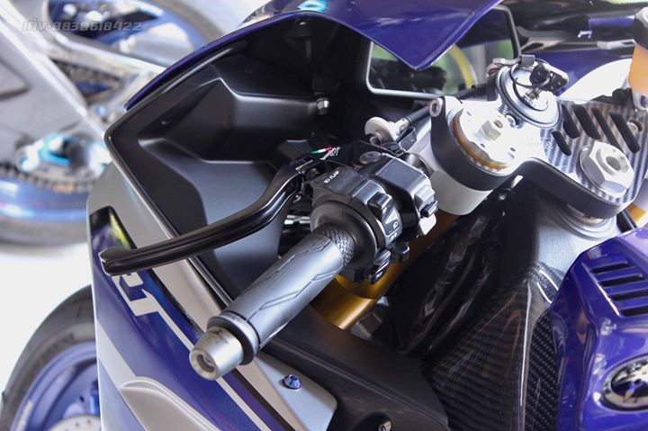 Yamaha R1 Superbike do khung full option tai xu Thai - 4