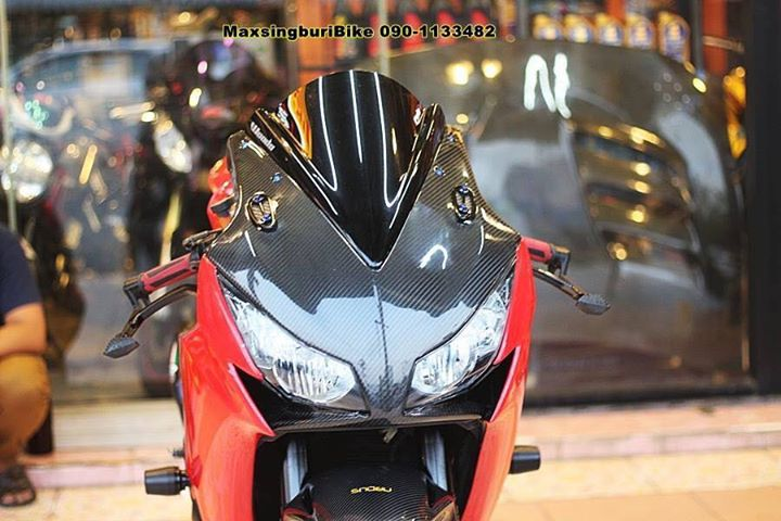 Honda CBR1000RR chan dung cuc chat do option Carbon fiber - 4