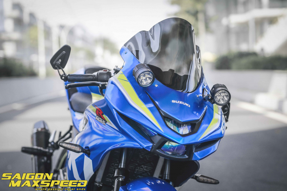 Suzuki GSX R150 do gay an tuong nguoi xem voi option do choi dang cap