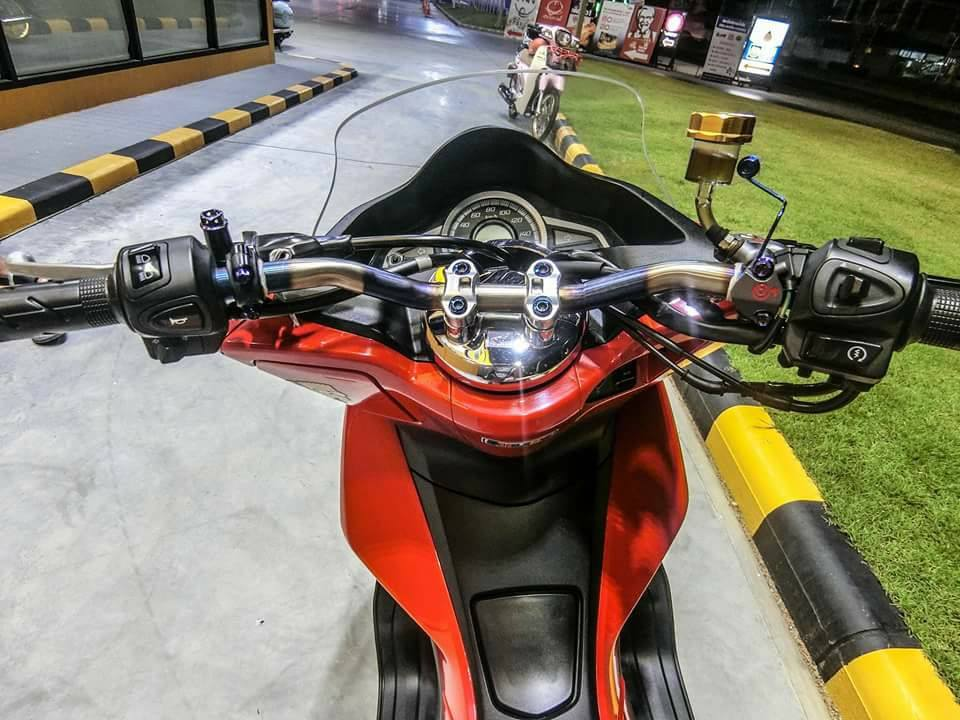 PCX 150 do mang cam xuc dang trao voi option do choi gian don - 4