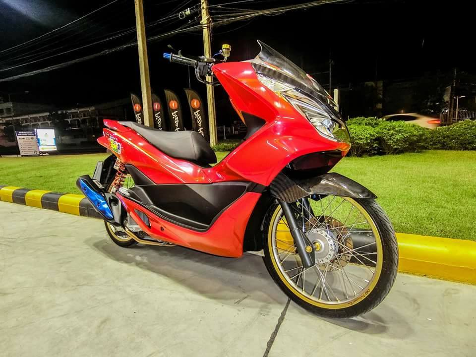 PCX 150 do mang cam xuc dang trao voi option do choi gian don - 10