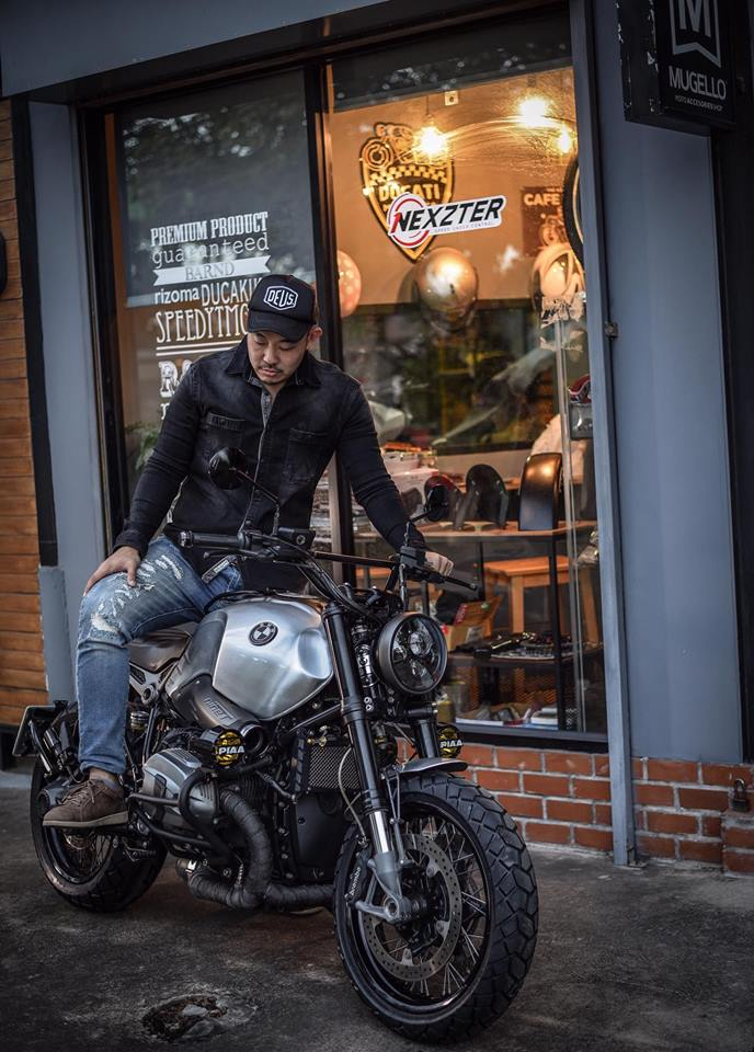 Bmw RnineT don theo phong cach Tracker style day me hoac - 16