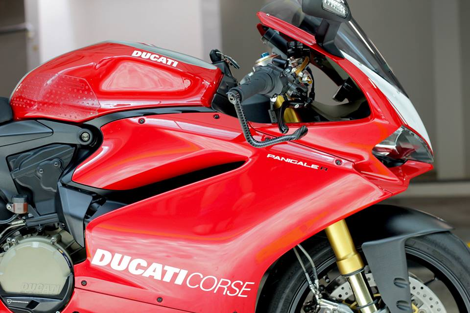 Man nhan voi Superbike Ducati 1299 Panigale S do cuc chat - 4