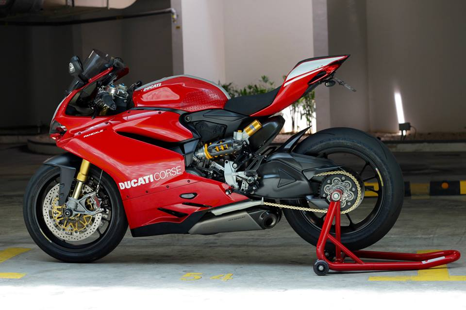 Man nhan voi Superbike Ducati 1299 Panigale S do cuc chat - 19