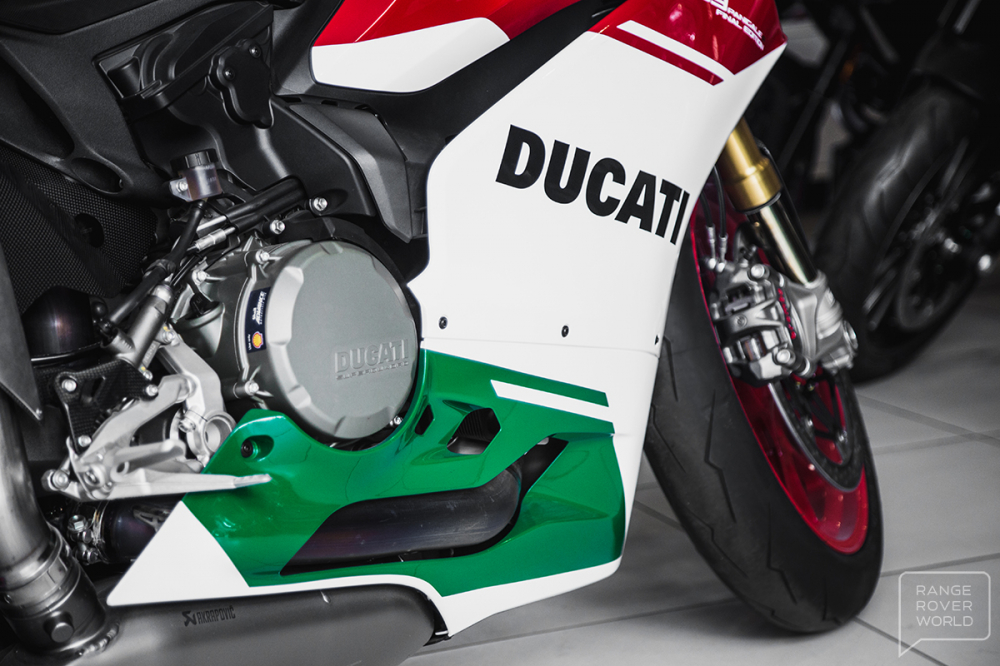 Can canh DUCATI 1299 PANIGALE R FINAL EDITION gia 40000 USD - 15