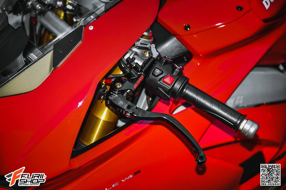 Ducati V4 Panigale ket hop tinh te voi dan thuong hieu Gale Speed - 4